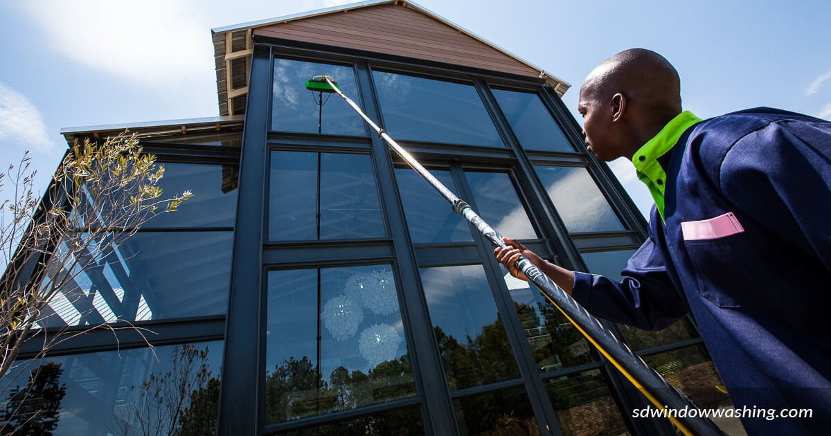 Advantages of Using Pure Water Window Cleaning