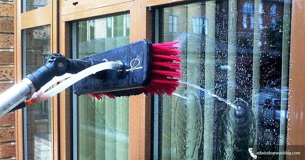5 Types of Window Cleaning Services You Need Right Now